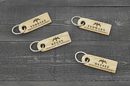 Schlüsselanhänger Schlüssel Anhänger Schlüsselband Schlüsselring keychain Holz Eiche Natur nachhaltig maritim Anker surfen segeln angeln fischen Hund Pferd Outdoor Vintage skandinavisch Qualität handgemacht handmade Germany