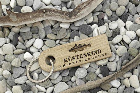 Schlüsselanhänger Schlüssel Anhänger Schlüsselband Schlüsselring keychain Holz Eiche Natur nachhaltig maritim Anker surfen segeln angeln fischen Outdoor skandinavisch Qualität Geschenk Verpackung Geschenkidee maritim handmade Germany