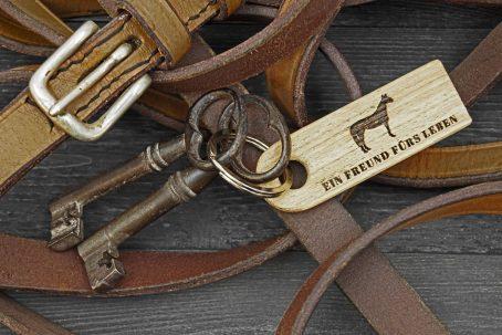Schlüsselanhänger Schlüssel Anhänger Schlüsselband Schlüsselring keychain Holz Eiche Natur nachhaltig maritim Anker surfen segeln angeln fischen Hund Pferd Outdoor Vintage skandinavisch Qualität Geschenk Verpackung Geschenkidee handgemacht handmade Germany