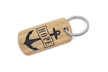 Schlüsselanhänger ANKER HOPE aus Holz mit Gravur