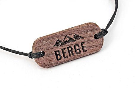 Armband aus Holz Holzarmband Bergschmuck Holz Nussbaum Gravur Berge Alpen alpin Österreich Schweiz Bayern Wandern Bergtour Bergsteiger Geschenk Geschenkidee Geschenkbox