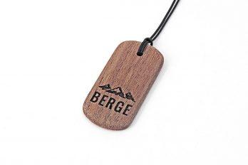 Kette mit Gravur BERGE aus Holz in Geschenkverpackung
