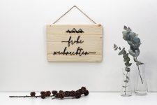 Türschild Frohe Weihnachten aus Holz –3D Deko Schrift auf Natur-Holz – Berge-Türdeko für Advent, Winter, Christmas, Xmas