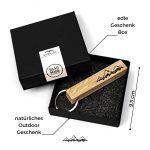 SKONIDA Design Holz-Schlüsselanhänger – Taschen-Anhänger mit Berg-Gravur – Handmade in Germany – für Damen & Herren